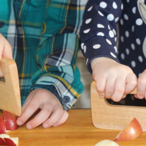 Couteau-enfant/children-maple-wood-cutter